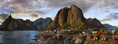 "A Summer sunset in ""Midgard"" (lunaryuna) Tags: norway lofoten lofotenislands lofotenarchipelago hamnoya mountains jaggedpeaks lofotenwall norwegiansea landscape coast seascape sky clouds sunset sundown dusk panorama thelonglight lightmood fishermenhuts rorbuer theimportanceofthecolourred norwegianred ngc lunaryuna"