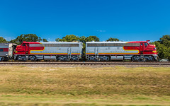 Pacing the Covered Wagons (trnchsr1984) Tags: santa fe texas bnsf pace warbonnet funit