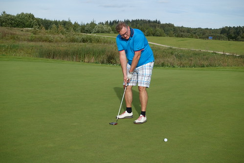 Networking golf (3)