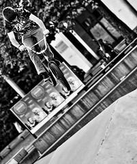 047343 (Ar-photography.fr) Tags: skatepark skate bmx sport street genve suisse noiretblanc blackwhite monochrome
