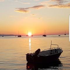 Buongiorno dal golfo di Mola tra #portoazzurro e #capoliveri. Continuate a taggare le vostre foto con #isoladelbaapp il tag delle vostre vacanze all'#isoladelba  http://ift.tt/1NHxzN3 (isoladelbaapp) Tags: isoladelba elba visitelba portoferraio porto azzurro capoliveri marciana marina di campo rio