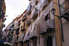 Leggerezza (reharap) Tags: palermo lenzuola sheets sheet balcony italy mercato del capo sicily