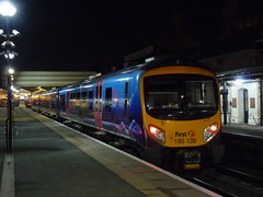 185139 Cleethorpes (Beer today, red wine tomorrow.....) Tags: lincolnshire nighttime dmu cleethorpes class185 fristtranspennineexpress ftpe tpe