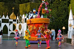 Soundsational-Three Caballeros (thelesliebelle) Tags: disneyland disney entertainment characters soundsational mickeyssoundsationalparade donaldsfiestafantastico