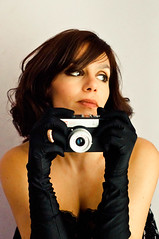 MM [Explored] (marywilson's eye) Tags: camera woman me marilyn 50mm mujer nikon fiesta ring gloves monroe elegant camara anillo guantes selfie d90 marywilson
