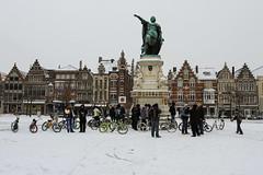 Bicycle gathering around the statue of Jacob van Artevelde on the Vrijdagsmarkt - Gent, Belgium (Dutchflavour) Tags: winter snow bicycle architecture belgium belgië gathering ghent gent vrijdagsmarkt bicyclegang jacobvanartevelde