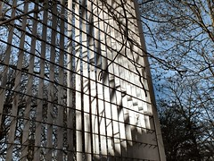 Zonlicht op wand Doelentuin (Gerard Stolk (vers l'Allemagne)) Tags: wand zonlicht scheidingswand doelentuin vaandelstraat