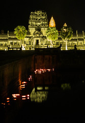Angkor Wat II (phipag) Tags: new night temple khmer nightshot nacht year angkorwat angkor wat tempel nachtaufnahme langzeitbelichtung nightshooting longtermexposure khmernewyear 2013