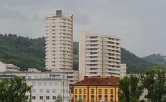 Linz Urfahr (austrianpsycho) Tags: houses linz hochhaus urfahr lentia lentia2000 linzfest häuser gebäude 19052013 linzfest2013
