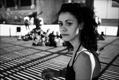 poorly focused portrait (gorbot.) Tags: barcelona blackandwhite bw rangefinder roberta mmount leicam8 voigtlander28mmultronf19