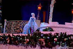 A Frozen Holiday Wish (disneylori) Tags: christmas frozen disney disneyworld characters wdw waltdisneyworld elsa magickingdom disneycharacters frozencharacters frozenholidaywish facecharacteers