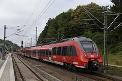 Talent 2 DB Regio RSX Rhein Sieg Express bij vertrek uit station Stolberg (Rheinland) naar Dren 16-07-2016 (marcelwijers) Tags: 2 station 8 bahnhof db talent express re bahn rhein rheinland ddb uit bij naar deutsche sieg 442 bombardier rsx regio 254 vertrek stolberg 255 dren 7548 2556 9480 expresse reional 16072016