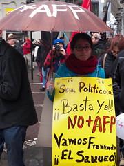 BASTA YA! (IQUE MARTINEZ) Tags: marcha concepcion noafp pueblo chile chilena joven mujer protesta paraguas cartel lluvia conce