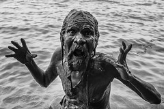 A happy man (Akilan T) Tags: akilanphotography akilan pose portrait retired old bathing river ganges ganga bw blackandwhite varanasi chennaiweekendclickers cwc