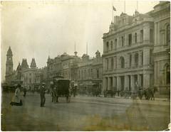 King William Street (City of Adelaide) Tags: adelaide cityofadelaide heritage kingwilliamstreet horses horsecabs pedestrians gpo generalpostoffice