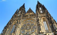 Katedrála Svatého Víta - Hrad III Nádvoří - Hradčany -Prague- (Million Seven) Tags: katedrálasvatéhovíta katedralasvatehovita saintvituscathedral catedraldesanvito vaclavaavojtecha václavaavojtěcha hradiiinádvoří hradiiinadvori pražskýhrad prazskyhrad praguecastle castillodepraga hradcany hradčany praguecastlecomplex complex praha prague praga bohemia czechrepublic repúblicacheca českérepubliky ceskerepubliky castillo castle catedral cathedral academy europa europe church iglesia gothic middleages romancatholic princewenceslas wenceslas václav vaclav bishop metropolitan gotico gótico tombs tumbas bohemian kings holyromanemperors holyromanempire panoramic amazing towers style sky medieval religion capital king architecture imperial nikon nikond3100 millionseven