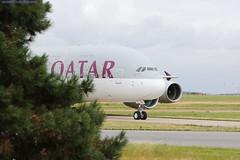 CDG Spotting QATAR Airbus A380-861 A7-APD (2) (AlainG) Tags: plane avion cdg charledegaulle airport aeroport spotting airbusa380 qatarairways landing atterrissage 27r a7apd canon5dmarkiii liner aviation a380841 iledefrance france