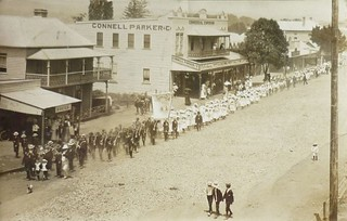 Patriotic procession in Taree, N.S.W.
