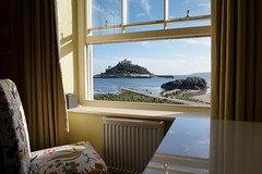 Go Dolphin (TomLeong100) Tags: fortress castle nationaltrust roomwithaview landscape stmichaelsmount cornwall marazion