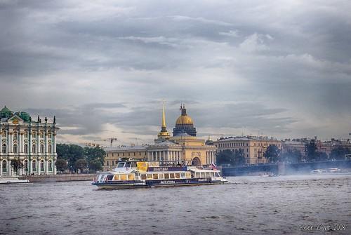 Dvortsovaya (Palace) Embankment. Saint-Petersburg. Дворцовая набережная. Санкт-Петербург. ©  Peer.Gynt