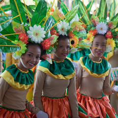 2013 Sabuaga Festival, Santo Tomas (peace-on-earth.org) Tags: festival dance folk philippines tomas santo pampanga sanvicente peaceonearthorg sabuaga
