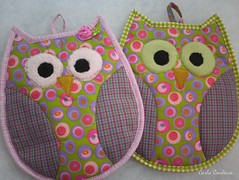 potrolders corujinhas (Carla Cordeiro) Tags: owl coruja patchwork potholder curva viés pegadordepanela cantomitrado costuraemcurva deescançodepanela