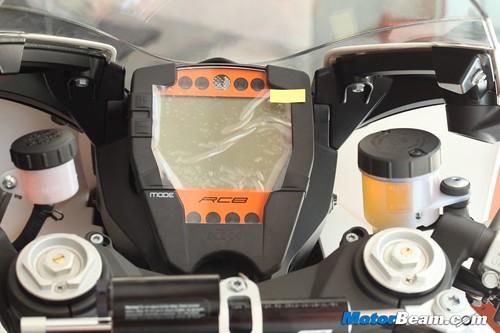 KTM-RC8R-India-12