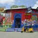 Un negozio bello colorato in Diriomo