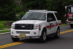 Park Ridge Fire Department Chief (Triborough) Tags: ford expedition newjersey chief nj firetruck fireengine montvale bergencounty chiefscar prfd parkridgefiredepartment