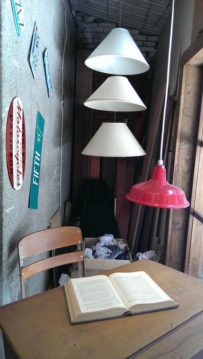 台北東區古董家具咖啡廳Space time cafe (12).jpg
