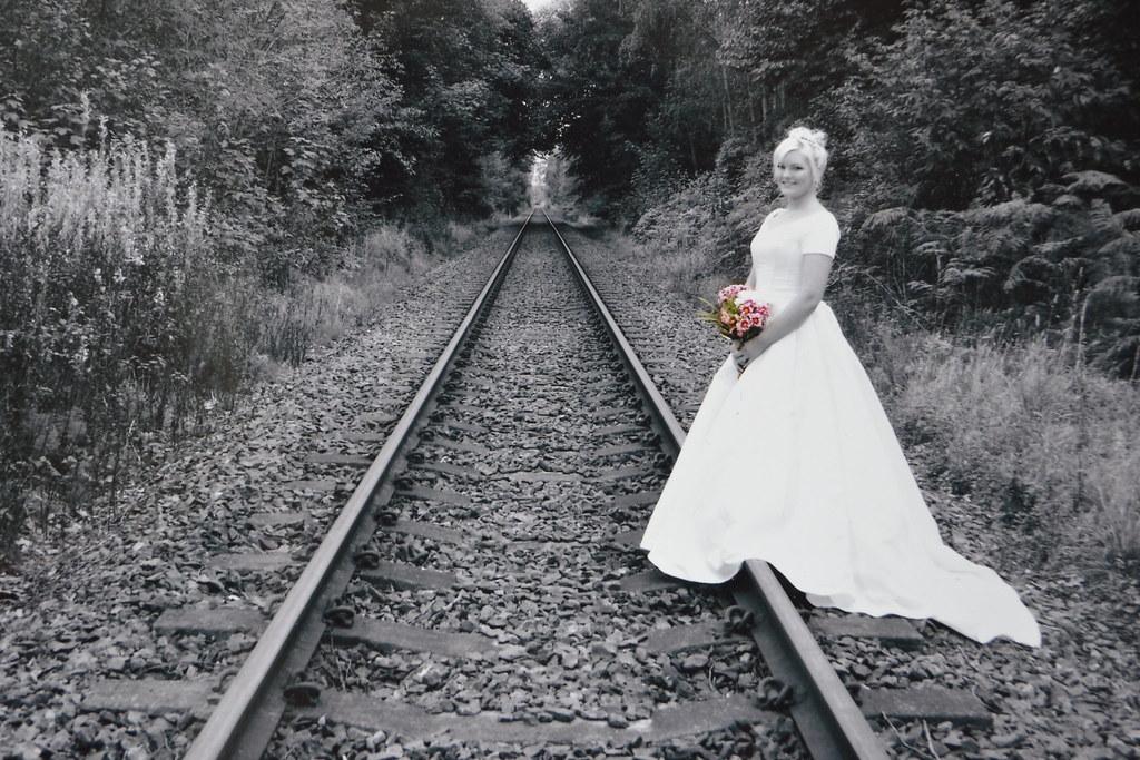 Abby cross trains new lesbian aaliyah love - 2 4