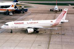 Tunisair | Airbus A320-200 | TS-IMB | London Heathrow (Dennis HKG) Tags: tunisia tunisair tar tu airbus a320 airbusa320 aircraft airplane airport plane planespotting london heathrow egll lhr tsimb
