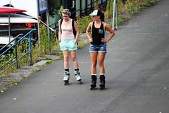 Easy (Kraf T Photography) Tags: canon 700d canon700d photography candid rollerblade rollerskate blade skate friends friend girl girls lady ladies woman wmoen riverwalk dusseldorf germany street
