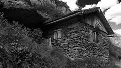 Stone_Hut. (Anacronimo.) Tags: pietra baita capanna hut stones alpina alpine