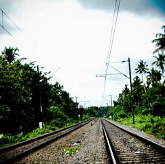 on the right track (Naveen Gopalakrishnan) Tags: railway move disortion contrast peechi trip infinity nvn nikon d3200