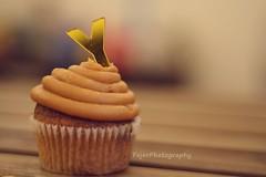 Y (Fajer Alajmi) Tags: wood caramel cupcake letter