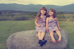 Sisters Rock (cvillandry) Tags: family girls vacation portrait sisters newhampshire nh lancaster santasvillage cabotmotorinn
