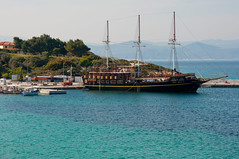 Boat in Vourvourou (Kostas Niarchos Photography) Tags: sea beach port boat vourvourou