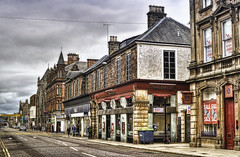 CFR6794 Inverness (Carlos F1) Tags: street cloud scotland calle highlands high dynamic cloudy unitedkingdom sale united banco scottish bank kingdom escocia cambio nublado range alto exchange hdr nube inverness reino unido reinounido dinamico escoces rango scotlanda