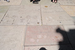 Grauman's Chinese Theater (Harobed and Samoht) Tags: california vacation la hollywood walkoffame humphreybogart abbottcostello graumanschinesetheater 2013 richardwidmark