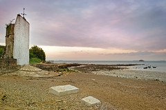 A Quiet Place. (Andy Bracey -) Tags: sunset seascape beach church fort may pebbles isleofwight solent lowtide reds oldchurch sthelens earlysummer bracey aquietplace andybracey
