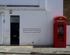 Working phone box (IanAWood) Tags: london streetphotography knightsbridge urbanlife summerinthecity walkingwithmynikon nikondf nikkorafs58mmf14g