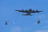Lockheed MC-130J Commando II et Eurocopter EC725 Caracal (Alexandre Bosle) Tags: lockheed eurocopter ec725 caracal msn3825708 mc130j usairforce eh167pyrénées 67thspecialoperationssquadron commandoii paris iledefrance france