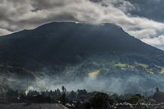Rais de lumière (Bertrand Thiéfaine) Tags: d750 auvergne labourboule puydedôme puygros montagne rais soleil brume