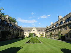 Nuffield College, Oxford, Sep 2016 (allanmaciver) Tags: nuffield college oxford university quadrangle green mowed honey colour wander enjoy explore style arcitecture england heritage history welcome allanmaciver