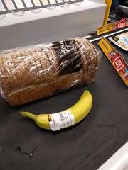 IMG_20160829_115711 (paddy75) Tags: enschede boswinkel burgemeestervanveenlaan jumbo supermarkt theojanssen brood banaan loopband