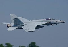166833 F/A-18E  VFA-81  NA-403 (RedRipper24) Tags: vfa81 sunliners fa18esuperhornet nasoceana kntu apollosoucekfield 2016airshow ussharrystruman fa18 fa18hornet nasoceanaairshow nasoceana2016airshow