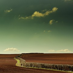 Edge of reason ? (Eric Goncalves) Tags: light sky color green nature clouds landscape spring gloucestershire edge array nikond7000 ericgoncalves