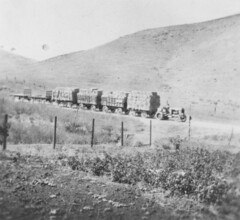 Hauling hay on the Russell Ranch (ConejoThruTheLens) Tags: hay tractors russellranch conejothroughthelens