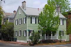 Historical home in Savannah GA (ho_hokus) Tags: house home architecture ga georgia unitedstates greenhouse savannah quaint 2013 nikond80 tamron18270mmlens